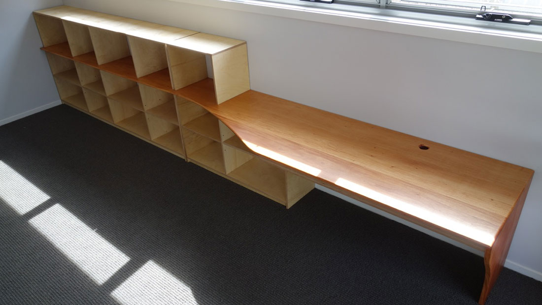 desk-shelves