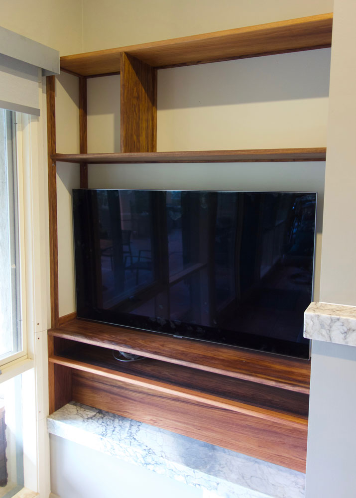 built-in entertainment unit