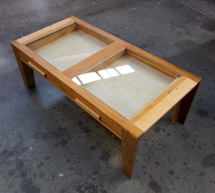 display able with drawers and glass top