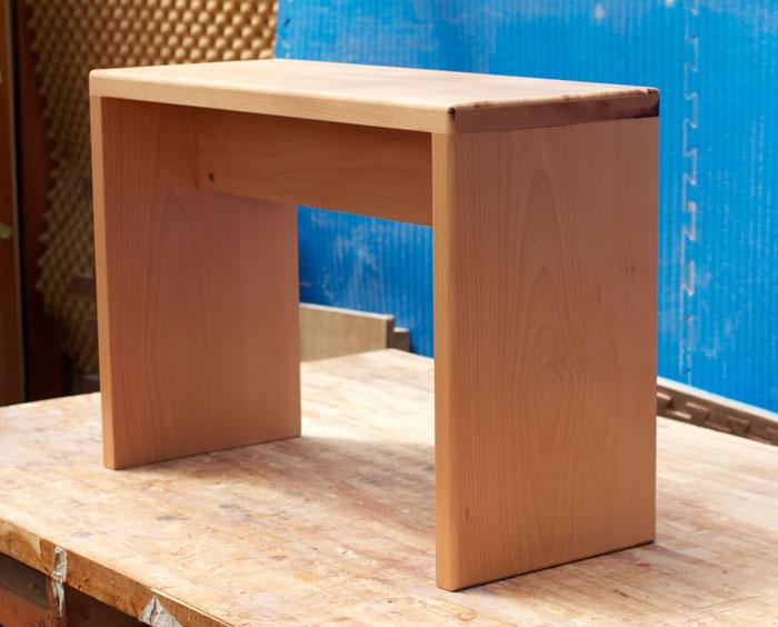 University bench/table